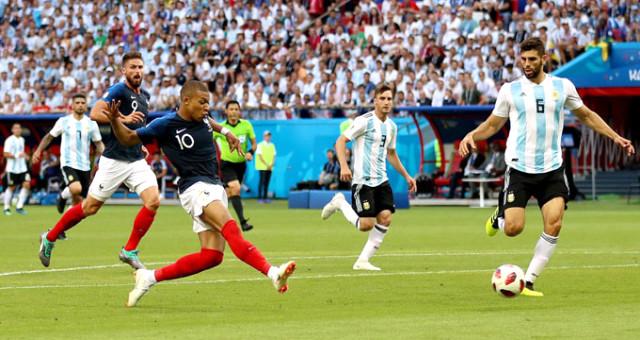 Dünya Kupasının İlk Çeyrek Final Takımı Belli Oldu